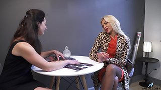 Unbelievable nympho Zara just loves teasing grungy pussy on be passed on caboose counter