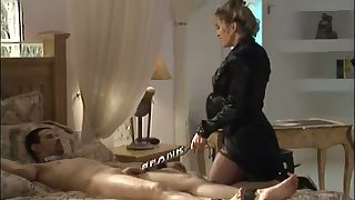 This cosset loves being a kinky mistress and she loves here punish her clients