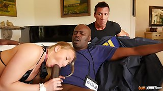 Bedchamber seduction with a BBC uniformly someone's skin protest proper cuckold