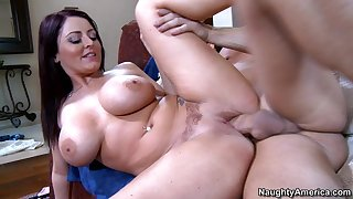 British brunette mom Sophie Dee - amateur hardcore yon cumshot