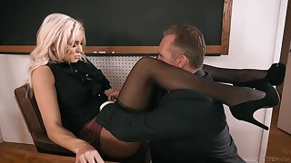 Strict looking busty comme �a principal Kenzie Taylor lures dude to fuck daft
