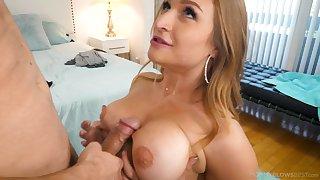 Titty fucking added to sexy blowjob with bodacious Skylar Snow