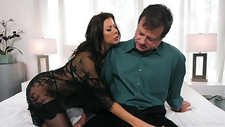 Energized MILF sucks like hardly ever other with an increment of gives some killer titjob