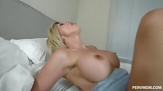 Huge facial be advisable for stepmother Amber Take off after POV stepson fuck